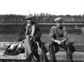 Stephen Tallents and Harold Alexander in Zilupe, 1920. Image – National Library of Latvia
